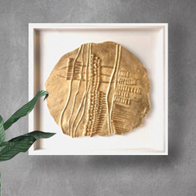 פסל קיר – מטבע זהב 4